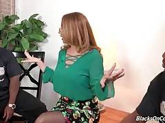 Kiki Daire Longs To Taste Big Black Cocks 2